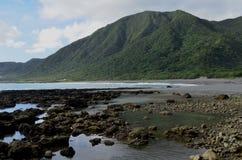 Bahía de Dongqin, en la costa del este de la isla de Lanyu/de orquídea Foto de archivo