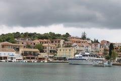 Bahía de Kassiopi Fotos de archivo libres de regalías