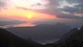 Bahía de Kotor en la puesta del sol, Montenegro Fotografía de archivo libre de regalías
