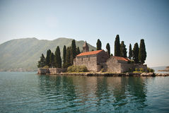 Bahía de la iglesia de Kotor fotos de archivo libres de regalías