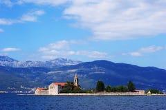 Bahía de la isla de Kotor Imagen de archivo libre de regalías