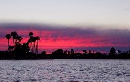 Bahía de la misión, puesta del sol fotografía de archivo