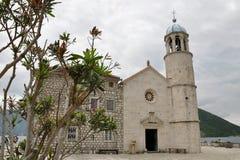 Bahía de las islas de la iglesia de Kotor, Montenegro Fotografía de archivo libre de regalías