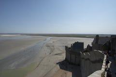 Bahía de marea en Mont Saint Michel, Francia Imagenes de archivo
