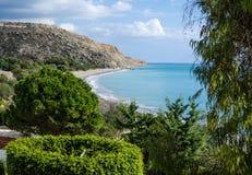 Bahía de Pissouri en playa de Cyprus Fotografía de archivo libre de regalías