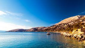 Bahía de Stara Baska en krk Imágenes de archivo libres de regalías
