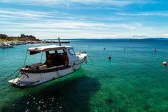 Bahía de Stara Baska en krk Fotos de archivo