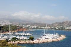 Bahía de Vouliagmeni fotos de archivo