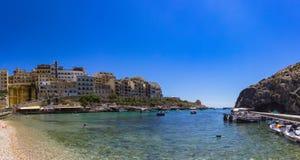 Bahía de Xlendi Foto de archivo libre de regalías
