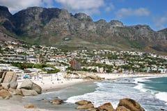 Bahía del campo cerca de Ciudad del Cabo Foto de archivo
