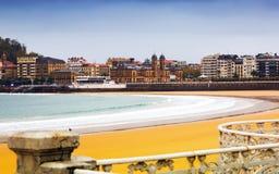 Bahía del Concha del La en otoño en San Sebastián Imagenes de archivo