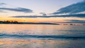Bahía del inglés de la puesta del sol Fotos de archivo