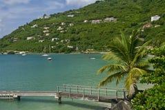 Bahía del jardín del bastón en Tortola imagenes de archivo