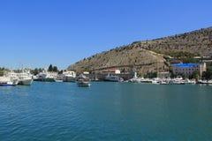 Bahía del pasamontañas el Mar Negro Foto de archivo