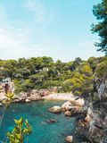 Bahía del ` s del multimillonario en el ` Antibes del casquillo d fotos de archivo libres de regalías