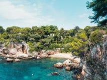 Bahía del ` s del multimillonario en el ` Antibes del casquillo d imagen de archivo libre de regalías