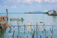 Bahía en el pueblo pesquero  Imagen de archivo libre de regalías