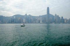 Bahía en el tiempo de mañana, Hong Kong, China de Victoria Foto de archivo