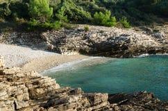 Bahía maravillosa del mar del mar adriático Fotografía de archivo libre de regalías