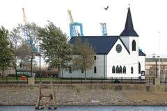 Bahía noruega de Cardiff de la iglesia Foto de archivo
