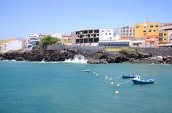 Bahía pintoresca en Los Abrigos en el sur de la isla de Tenerife Imagenes de archivo
