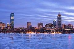 Bahía posterior de Boston en el amanecer imagenes de archivo