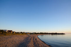 Bahía serena en el crepúsculo Foto de archivo