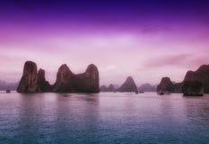 Bahía Vietnam de Halong imagenes de archivo