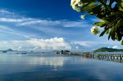 Bahía y cielo Imágenes de archivo libres de regalías