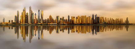 Bahía del puerto deportivo de Dubai, UAE Foto de archivo