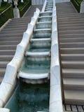 Bahai trädgårdHaifa Israel relikskrin och trappa arkivbilder