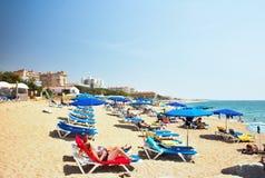 Bahama Brisa海滩在马尔格拉特德马尔,西班牙 costa del Maresme 免版税库存照片