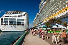 Bahamas anlöpningshamn Arkivbild