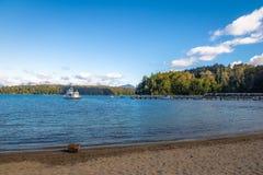 Bahia Brava zatoka przy Nahuel Huapi jeziorem - willa losu angeles angostura, Patagonia, Argentyna fotografia stock