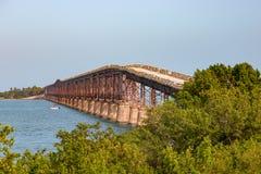 Bahia Honda Rail Bridge im Großen Kiefern-Schlüssel stockfotos