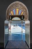 Bahia Palace de visite de touristes à Marrakech, Maroc photos stock