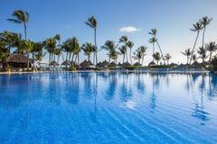 Bahia Principe Hotel Pool grande o 9 de novembro de 2015 em Punta Cana, República Dominicana fotografia de stock
