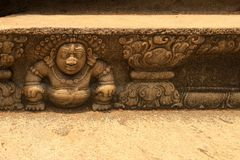 Bahirawa-Stein, der Anuradhapura, Sri Lanka schnitzt lizenzfreie stockfotos