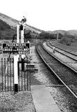 Bahnübergang Zeichen- lizenzfreies stockbild