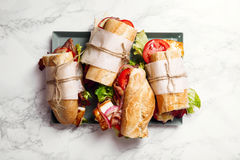 bahn mi被称呼的新鲜的长方形宝石三明治 图库摄影