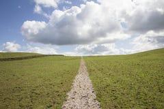Bahn zu den Wolken Lizenzfreie Stockbilder