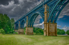 Bahnbrücke Stockfotos