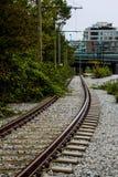 Bahngleise, die in Vancouver, BC laufen Lizenzfreie Stockfotos
