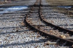 Bahngleise im Spätherbst lizenzfreies stockfoto
