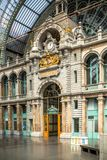 Bahnhof in Antwerpen Belgien Stockbilder