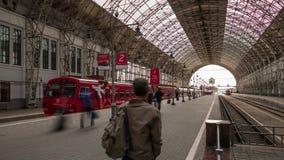 Bahnhof Kievsky in Moskau, Russland stock footage