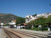 Bahnhof Pinhao in Portugal auf einem sonnigen Morgen lizenzfreie stockbilder