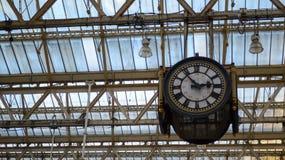 Bahnhofsuhr Londons Waterloo Lizenzfreie Stockfotos