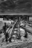 Bahnlinie des alten Piers Stockbilder