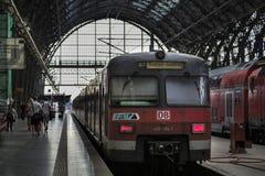Bahnstation in Frankfurt, Deutschland Lizenzfreies Stockfoto